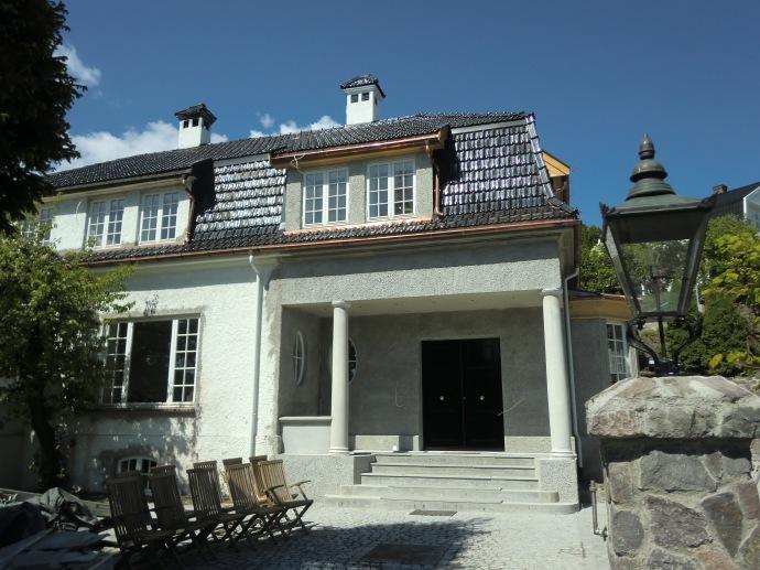Tilbygg/påbygg Mansardvilla tegnet av Solli Arkitekter.